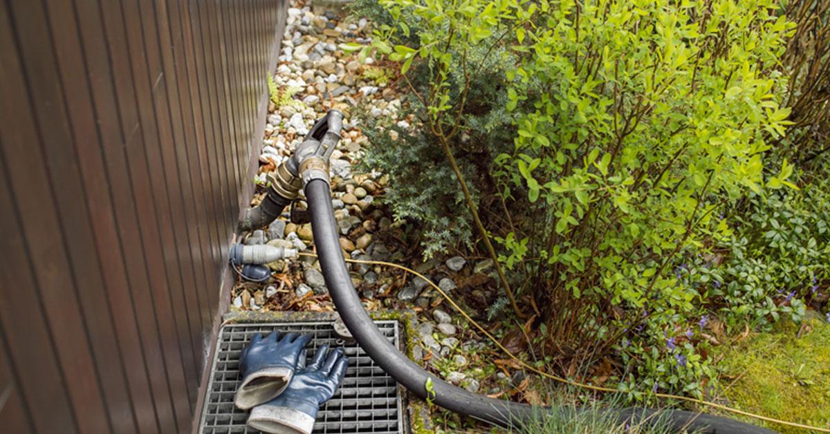 oil fill pipe